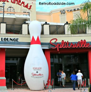 World's Largest Bowling Pin   615 Channelside Drive #120  Tampa, FL   A Retro Roadside Photo March 2013